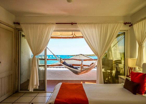 galapagos hotel casa opuntia natural